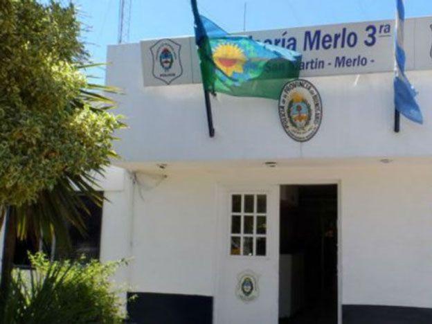 Investigan si un hombre murió por asfixia erótica en Merlo
