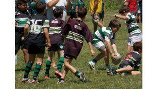 A divertirse. Los chicos jugaron varios partidos