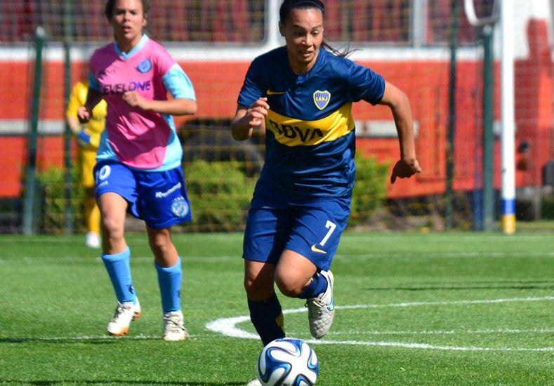La concordiense es goleadora en el equipo Xeneize y forma parte de la Selección Nacional.