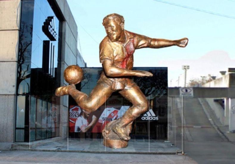 Ángel Labruna tendrá su estatua