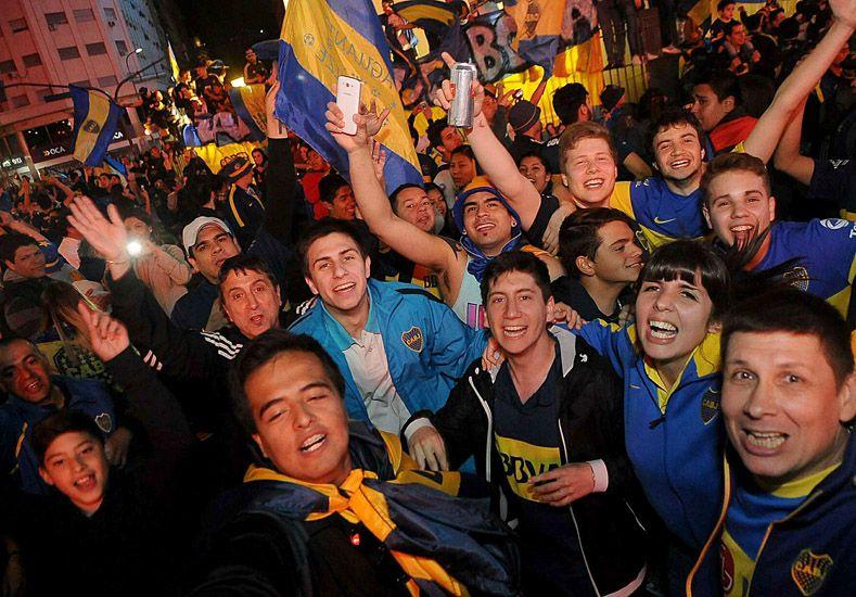 El campeonato se celebró en el Obelisco y en cada rincón de la Argentina.   Foto: Télam