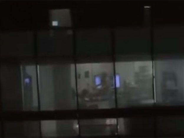 Los filmaron teniendo sexo en la oficina