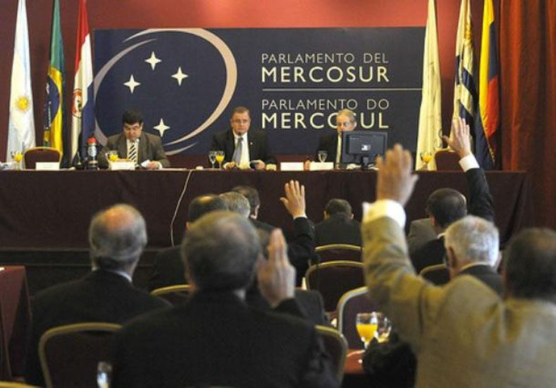 Cómo será la representación argentina en el Parlasur