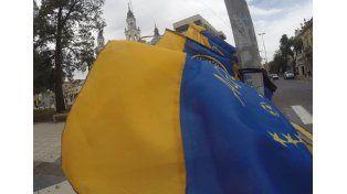 Paraná se viste de Azul y Oro esperando por el partido de Boca