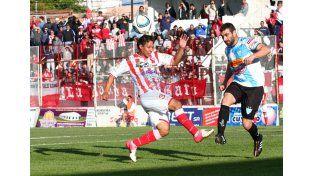 En la primera rueda el Gato y el León igualaron en un gol en el Pedro Mutio.