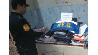 Recuperaron ropa robada en un comercio