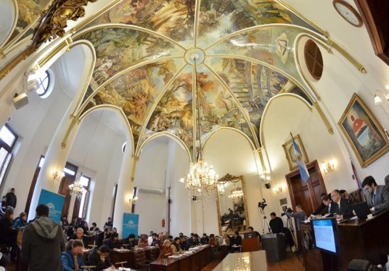 Se conmemora hoy el Día del Empleado Legislativo Municipal de Paraná