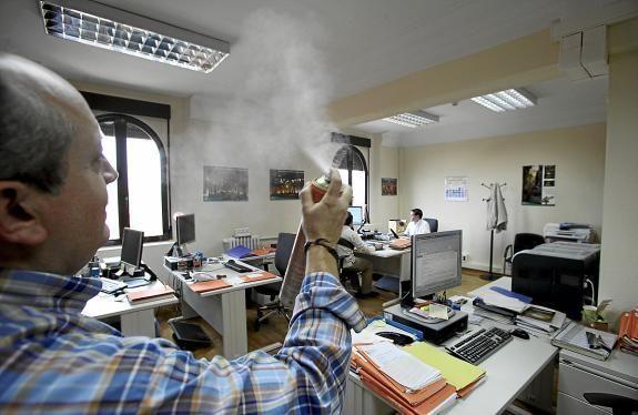 La mala ventilación en una oficina puede volver lentos, improductivos y hasta estúpidos a los empleados