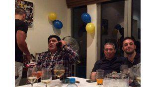 La polémica foto de Maradona en el día de su cumpleaños