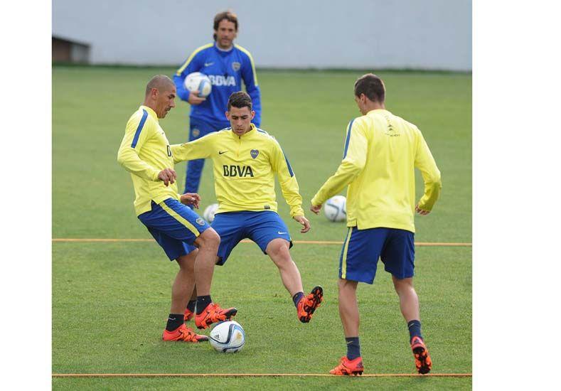 Angelici fue a la practica de Boca y Tevez entrenó diferenciado