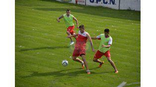 Nicolás Ledesma apunta a recuperar su lugar en el ataque de Atlético Paraná.   Foto UNO/Mateo Oviedo