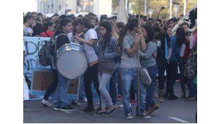 Calle I. El ejercicio de los derechos se disputan también por medio de manifestaciones
