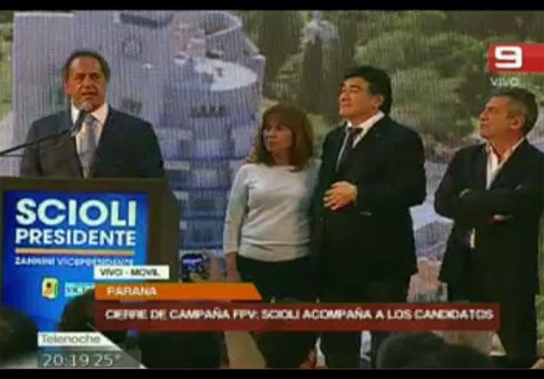 Scioli encabezó un acto en Paraná con fuerte respaldo a Osuna y Bordet