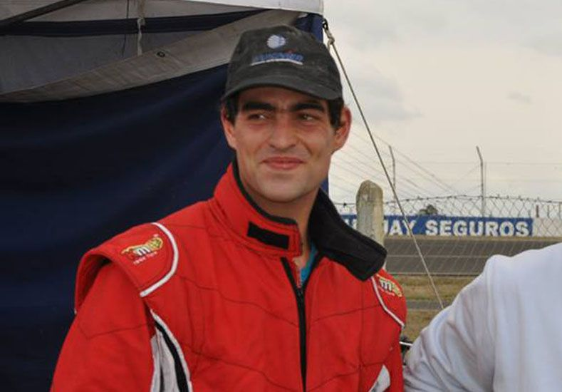 Ignacio Carlos Laporta Di Tomaso es piloto