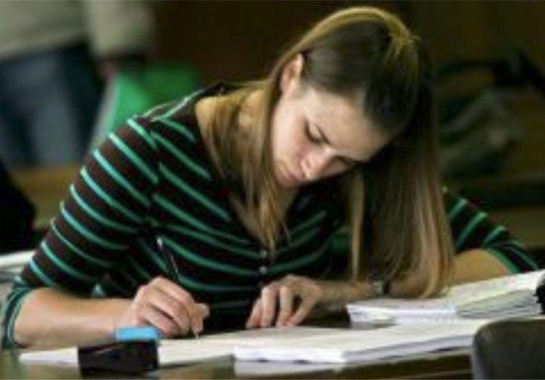 Un físico reveló las claves para aprobar un examen sin estudiar