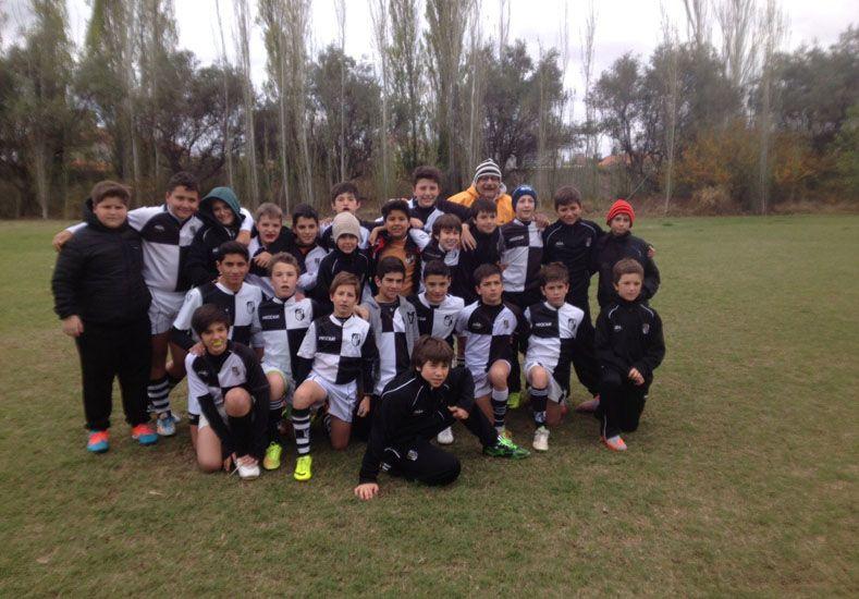 Jugaron varios partidos en el torneo Navesi y en un encuentro en Liceo.