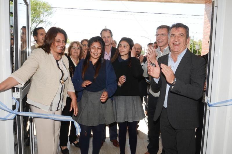 Se inauguró un nuevo edificio para una escuela secundaria de Gualeguaychú