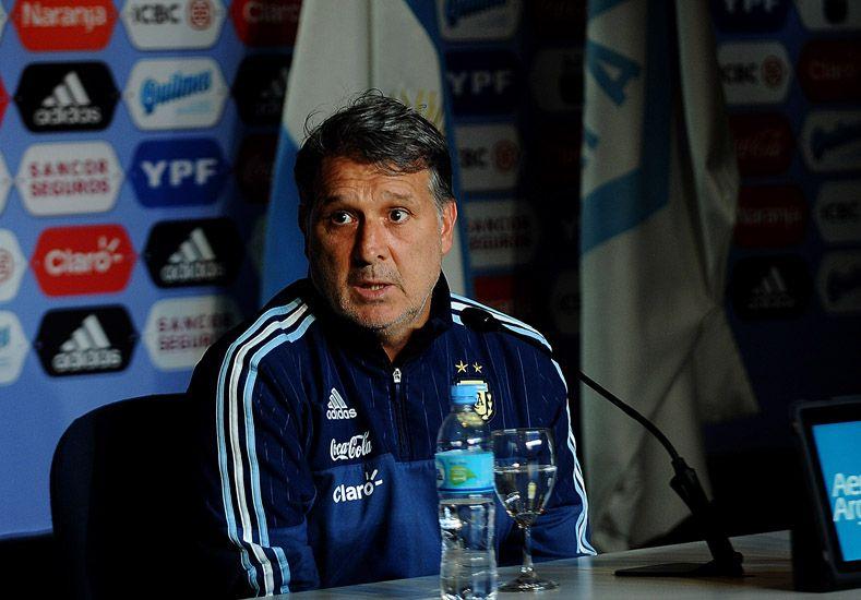 Martino: Si jugamos como la final de la Copa América contra Chile estaremos lejos de nuestro techo.  Foto: Télam