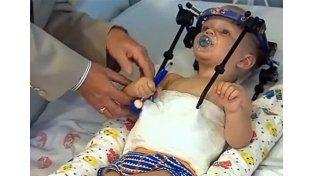 Médicos salvan a un bebé decapitado en un accidente automovilístico