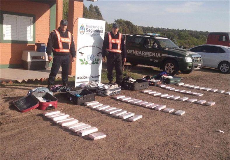 Ruta narco. La ruta nacional 12 otra vez fue escenario del secuestro de marihuana.  Foto Gentileza/El Litoral de Corrientes