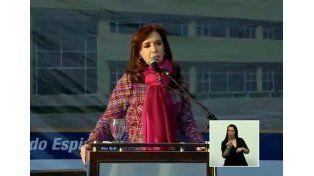 CFK: Ahora vamos por camino pavimentado, no volvamos al camino de ripio
