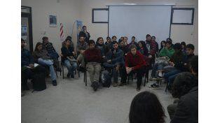 Convocatoria. Los músicos de Paraná trabajaron en el proyecto de Ordenanza que fue presentado.