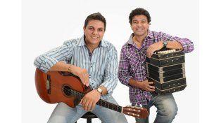 """Discografía. El dúo Giaquinto-Pereyra tiene dos discos en su haber: """"A mi gente"""" y """"Huellas""""."""