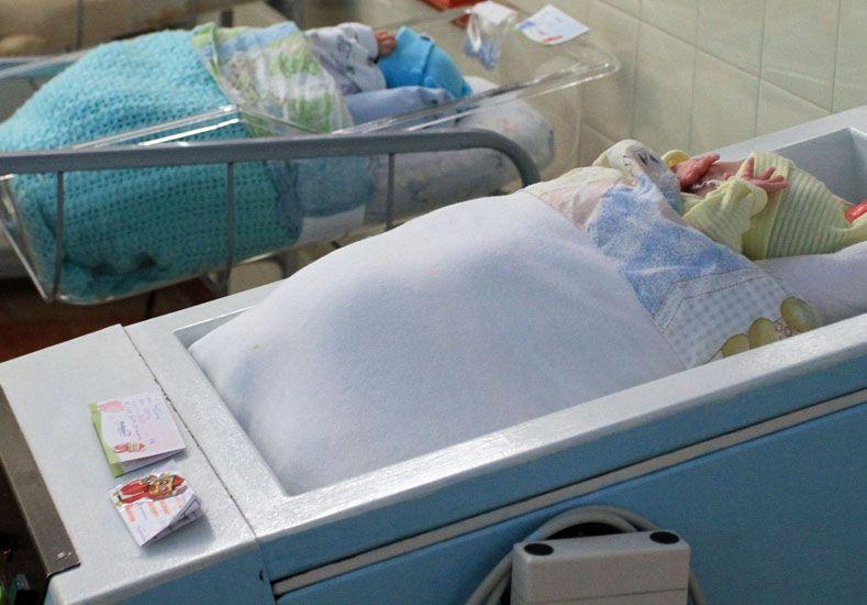 Hospital San Roque. Actualmente no se permite el ingreso de un familiar a la sala de parto.     Foto: Ilustrativa