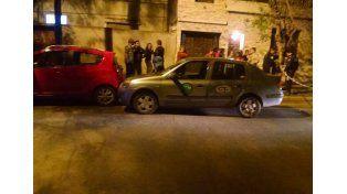 Foto: El remisero fue baleado en la esquina de Cervantes y Patagonia. (FM 100.7)