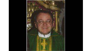 Un sacerdote fue maniatado y asesinado por ahorcamiento