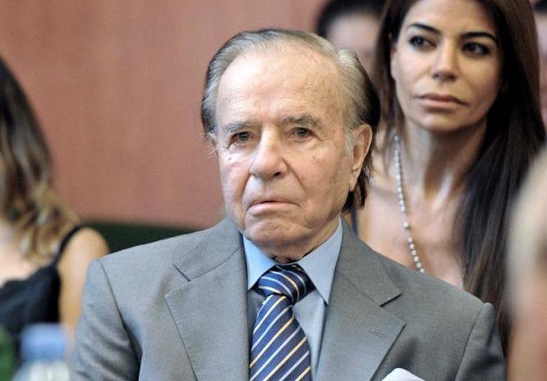 Levantarán una estatua de Carlos Menem de 20 metros de altura