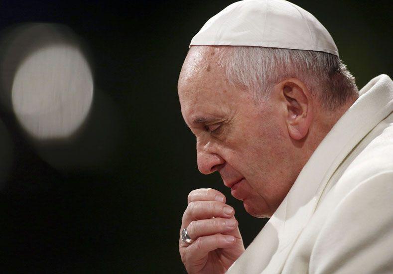 Francisco lamenta la muerte de migrantes en Europa y pide frenar esos crímenes