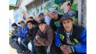 La cultura hip hop y los duelos de rap le ponen onda a las calles