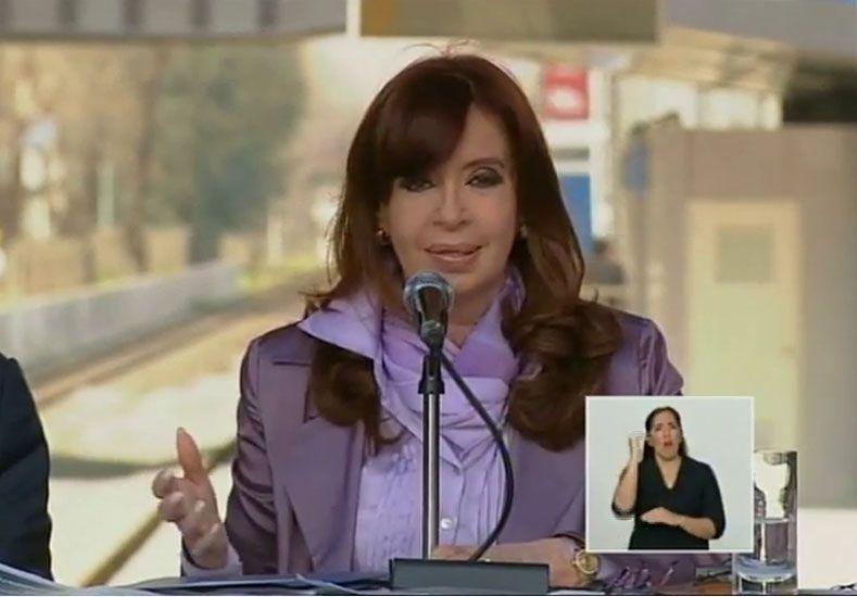 Estamos en la vía de la recuperación de los trenes para todos los argentinos
