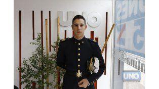 Cadete de 4º año Franco García en la Redacción de UNO.   Foto UNO/Diego Arias