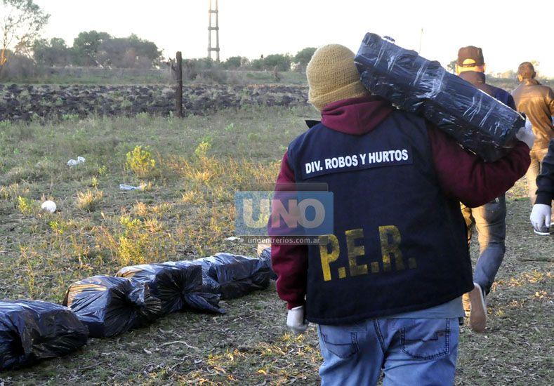 Acceso Norte. Levantaron una casilla para guardar la droga. Foto UNO/Mateo Oviedo