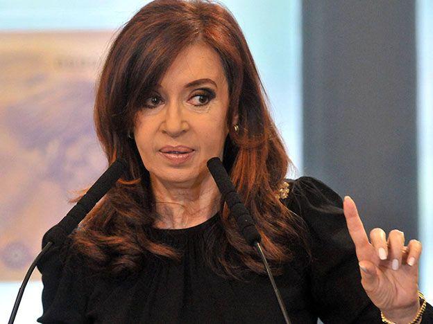Cristina advirtió que hay una tercera guerra mundial que golpea a la economía y reiteró que no devaluará