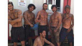La película. Cuenta las horas pasadas por los 33 mineros atrapados en las profundidades.