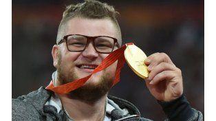 Un campeón mundial de atletismo pagó el taxi con su medalla de oro