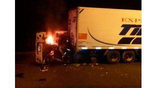 Fatal accidente de tránsito entre dos camiones cerca del Parque Industrial de Paraná