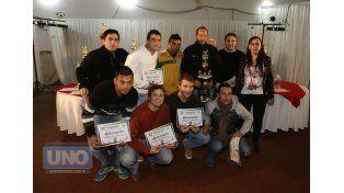 La ceremonia. El acto de premiación de los ganadores se realizó anoche en el salón principal del Club Atlético Paraná.