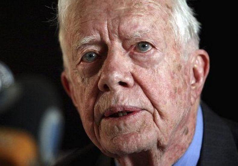 Jimmy Carter tiene cancer en el cerebro