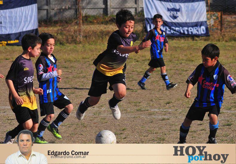 La ausencia de docentes en el fútbol infantil