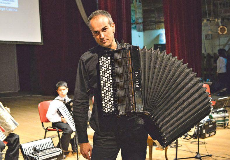 Noche de acordeones