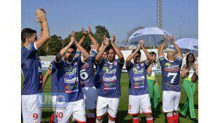 Atlético Paraná buscará regalarle a su hinchada una nueva alegría en la temporada 2015.  Foto UNO/Mateo Oviedo