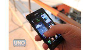 Revelan cada cuántos minutos miramos el celular los argentinos