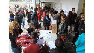 Parlasur. La frialdad se hizo sentir más con los candidatos a parlamentarios del Mercosur.  Foto UNO/Juan Ignacio Pereira