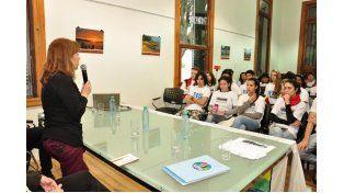 Osuna valoró el rol social juvenil en la Mesa de Gestión Estudiantil