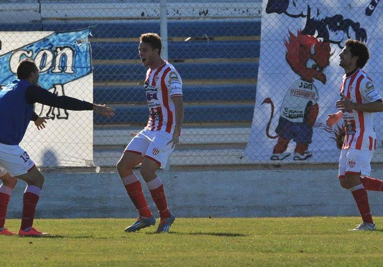 El equipo de Cervilla se hizo fuerte ayer por la tarde ante los orientados por Marcelo Fuentes.Foto Gentileza/Diario Jornada