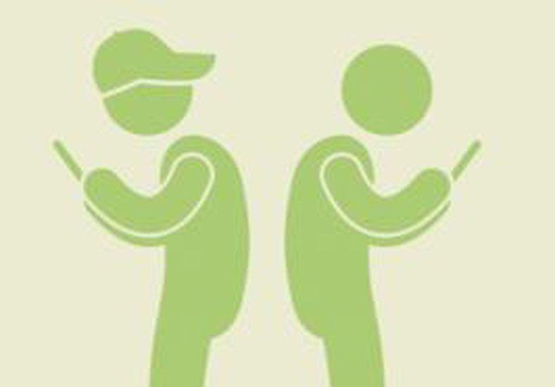 El uso del celular está cambiando nuestra postura corporal